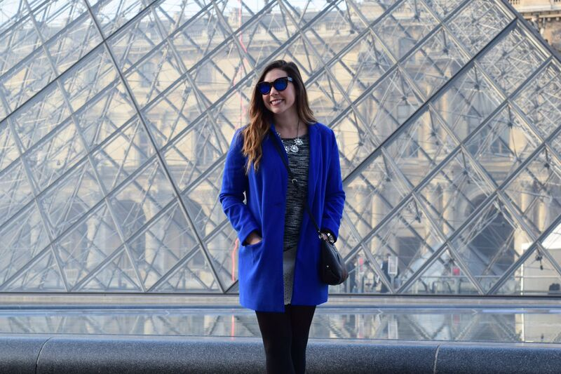feeling blue at the louvre 5